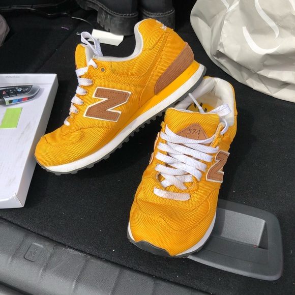 new concept 2a659 ca08a New balance 574 sneakers mustard